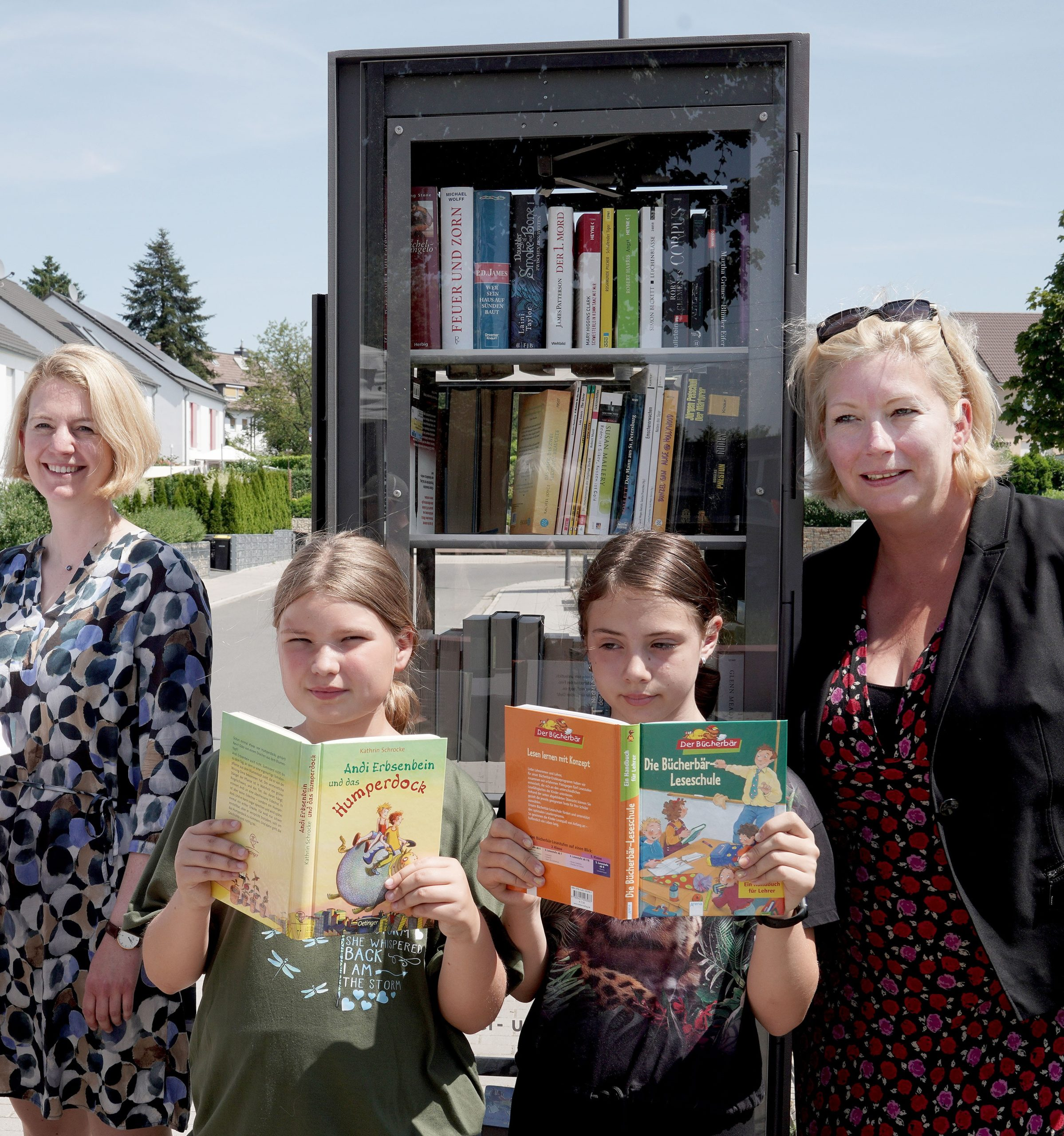 Einweihung Bücherschrank in Essen-Steele-Horst